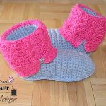 "Kids ""Kickin' Cables"" Slipper Pattern"